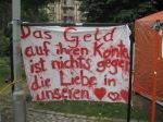 Transparent im Occupy-Camp