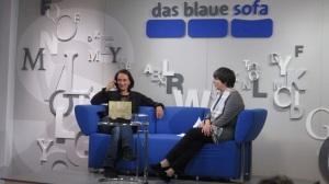 Die Preisträgerin des deutschen Buchpreises 2013 Terezia Mora (li)
