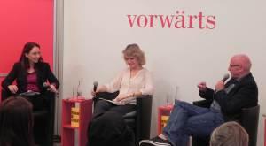 Stephan Hebel erntet beim Vorwärts Verlag Applaus mit SPD-Kritik